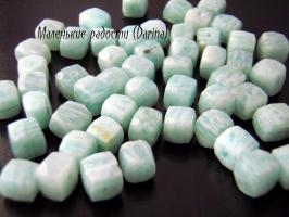 Амазонит, неправильный граненный куб, 8-5+- мм