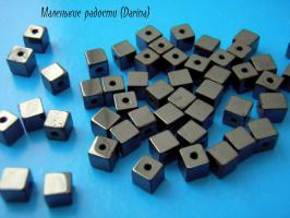 Бусина Гематит гладкий куб 5 мм
